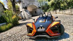 Recorriendo la ciudad en el Slingshot SLR sigue nuestras redes para más imágenes y vídeos de esta divertida motocicleta. @slingshot_mx @polarisslingshot #slingshot #polaris  via ROBB REPORT MEXICO MAGAZINE OFFICIAL INSTAGRAM - Luxury  Lifestyle  Style  Travel  Tech  Gadgets  Jewelry  Cars  Aviation  Entertainment  Boating  Yachts