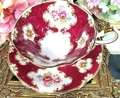 QUEEN ANNE TEA CUP AND SAUCER WIDE MOUTH FLORAL TEACUP LADY ELEANOR RED & ROSES