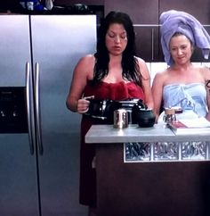 there's no more hot water. Jessica Capshaw, Greys Anatomy Characters, Greys Anatomy Cast, Torres Grey's Anatomy, Castle Tv, Lgbt, Calliope Torres, Grey Anatomy Quotes, Amor