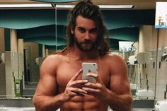 Brock O'Hurn - Once again looking inexpressibly sexy. Beautiful Men Faces, Gorgeous Men, Hommes Grunge, Brock Ohurn, Gents Hair Style, Hunks Men, Hommes Sexy, Shirtless Men, Attractive Men