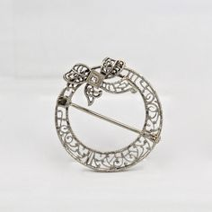 VTG Art Deco 10K White Gold Filigree Round Brooch or Pin w Bowtie & Diamond - VR