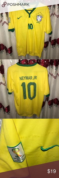 Brazil soccer jersey size Large Not the best quality jersey but it looks really nice on !! 10 Neymar on the back !! Size large Shorts Athletic