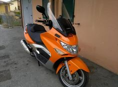 Kymco Xciting 500 2005-2008   € 1.450  http://www.insella.it/annuncio/kymco-citing-500-2005-2008-48276