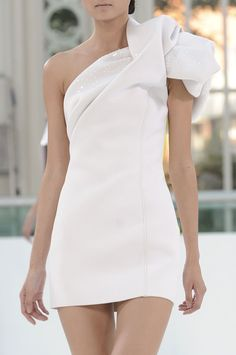 """orlandaspleasure: """" Sass and Bide Spring, 2012 RTW """" Little White Dresses, Nice Dresses, Short Dresses, Amazing Dresses, Elegant Dresses, Formal Dresses, Pretty Outfits, Cute Outfits, Pretty Clothes"""