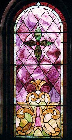 Fleur de lis located at bottom in this non-pictorial window.  Central United Methodist Church, Sault Sainte Marie, MI