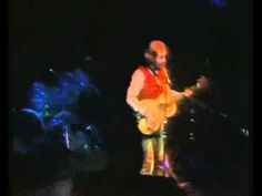 ▶ Jethro Tull - Aqualung (best version) - Cant help it - love this kind of nice madness - maybe not even mad at all!