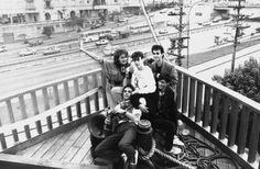 Integrantes da banda Metro em foto de 1985 na antiga casa noturna Latitude 3001 (em formato de uma caravela), na avenida 23 de Maio // Sidney Corrallo/Estadão