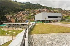 Colegio Santo Domingo Savio. ObraNegra Arquitectos. Vista desde la cubierta. Photo And Video, World, Decks, Exhibitions, Architects, Cities, Corona, The World