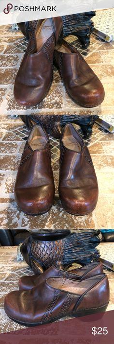 Dansko size 37 Comfy shoes. Size 37. Use condition. Dansko Shoes
