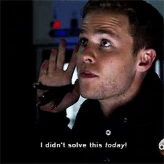 I can see his accent ❤️ This was pretty much the moment when Fitz started doing things again