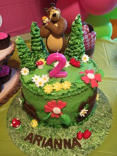 My daughter's birthday cake  Masha and the Bear   Pastel de cumpleaños de mi hija Masha y el Oso