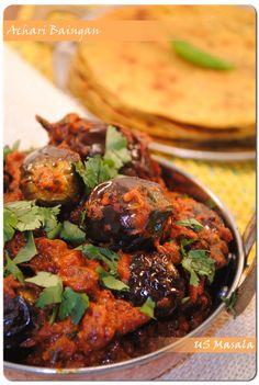 US Masala: Achari Baingan (Eggplant curry with pickle spices) Gujarati Recipes, Indian Food Recipes, Asian Recipes, Gujarati Food, Veggie Recipes, Vegetarian Recipes, Cooking Recipes, Healthy Recipes, Achari Baingan