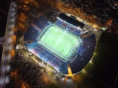 Estadio Pedro Bidegain (Nuevo Gasometro) Club Atlético San Lorenzo de Almagro Buenos Aires - Argentina Lorenzo Lamas, Roger Waters, Football Stadiums, Most Beautiful Cities, South America, Club, Madrid, Snapchat, Walls