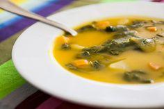 Sopa de Nabiças | SaborIntenso.com Wine Recipes, Soup Recipes, Vegan Recipes, Cooking Recipes, Portuguese Soup, Portuguese Recipes, My Favorite Food, Favorite Recipes, Good Food