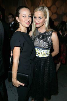 Pin for Later: Jessica Alba hatte geladen und die Stars kamen in Scharen Reese Witherspoon Und Jennifer Meyer