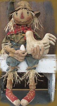 Scarecrow For Hire Primitive Doll Pattern with Chicken and Egg Scarecrow Doll, Scarecrow Crafts, Halloween Doll, Fall Halloween, Halloween Crafts, Wood Scarecrow, Vintage Halloween, Halloween Party, Halloween Costumes