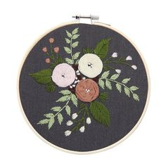 Product Description : Eurpue Handmade Embroidery Kits with Frame for Beginner,Bordado Needlework Cross Stitch Sets,Handmade Craft Swing Art Gift piece Package list: 1 Set ( Fabric DIY embroidery kit, unfinished, need sewing by yourself. Diy Embroidery Kit, Hand Embroidery Flowers, Embroidery Fabric, Craft Kits, Diy Kits, Diy Craft Projects, Handmade Crafts, Diy Crafts, Motifs Roses