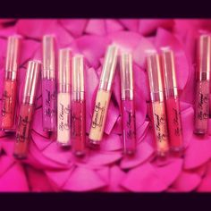 Pout Loud. Pout Proud. There's a Glamour Gloss shade for every occasion.