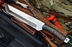 CFK USA iPak Survival Custom Handmade D2 BIGFOOT Hunter Tanto Wakizashi V2 Knife #CFKCutleryCo