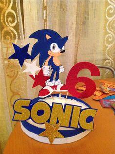 Sonic centro mesa. Sonic Birthday Parties, Sonic Party, 7th Birthday, Birthday Party Decorations, Party Themes, Sonic Cake, Hedgehog Birthday, Birthday Frames, Unicorn Party