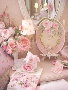 (via ♥ pretty in pink ♥)