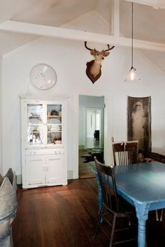A Rustic Farmhouse And Artist Studio In Pope Valley Blue Table