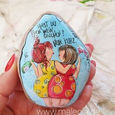Pebble Painting, Pebble Art, Christmas Rock, Rock And Pebbles, Rock Painting Designs, Stone Art, Rock Art, Painted Rocks, Arts And Crafts