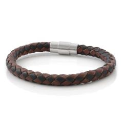 Buy Fort Tempus - Brown & Black Bolo Braided Leather Bracelet for only Shop at Trendhim and get returns. We take pride in providing an excellent experience. Bracelets Fins, Paracord Bracelets, Bracelets For Men, Black Leather Bracelet, Engraved Bracelet, Bracelet Cuir, Leather Gifts, Braided Leather, Diy Jewelry Making
