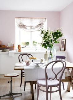 Série Ohhh La La da Semana-----prateleira na bancada da cozinha