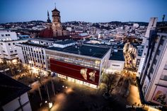 Dirk Mueller Photography: Shopping Street down under