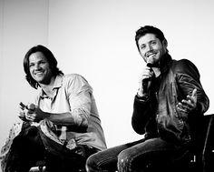 Jensen Ackles and Jared Padelecki laughing. :)