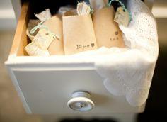 Tea bag wedding favours