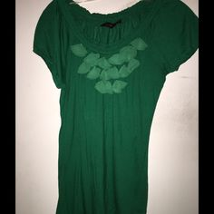 Green The Limited Top Size Small chiffon details This is a really beautiful top with the chiffon detailing in the front. The Limited Tops