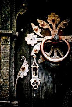 Steps/Doors/Windows/Knobs / Ornate door knocker by andrew. Cool Doors, The Doors, Unique Doors, Windows And Doors, Door Knobs And Knockers, When One Door Closes, Door Detail, Door Gate, Door Accessories