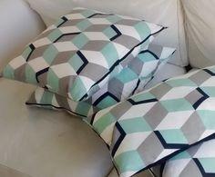 Housse de coussin [BLUE Cube] 40 x 40 cm Margotte Zebulone