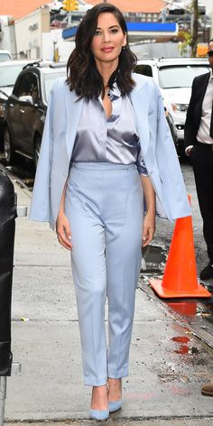 Olivia Munn visited The Daily Show in this all blue everything look: a silk blouse layered under a crisp suit jacket, a pair of high rise trousers, and classic suede pumps. Olivia Munn, Classy Outfits, Chic Outfits, Fashion Outfits, Womens Fashion, Mode Monochrome, Suits For Women, Clothes For Women, Estilo Real