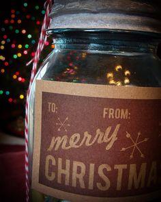 Free printable for retro Christmas gift tags.