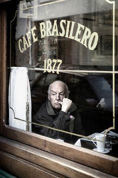 Eduardo Galeano photographed by Ezequiel Scagnetti || Montevideo, Uruguay, April, 2013.
