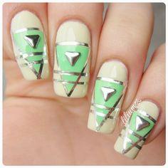 Geometrical Nails <3  #nail #nails #nailart #naildesign #nailpolish #nailstagram #manicure #mani #neglelakk #manikyr #instanails #nagellack #nailspiration #notd #nailsoftheday #cutenails #cutemani #nails2inspire #nailartaddict #nailsofinstagram