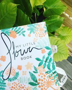 MY LITTLE FLOWER BOOK   Ca y est, la Little Box du mois d'avril est arrivée ce matin dans ma boîte aux lettres   Je vous prépare donc un article sur ce qu'elle contient ! Il sera très prochainement sur le blog   #mylittlebox #flowerbox #flowers #spring #blogger #photooftheday