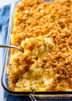 Gooey Potatoes - creamy, cheesy potatoes topped with buttery crunchy cornflakes.Gooey Potatoes - creamy, cheesy potatoes topped with buttery crunchy cornflakes. Some people call these funeral potatoes but this name is much less morbid. Easy Casserole Recipes, Cereal Recipes, Skillet Recipes, Easy Recipes, Amish Recipes, Potato Dishes, Potato Recipes, Veggie Dishes, Kitchen Recipes