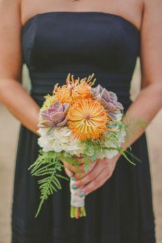 Succulent bridesmaid bouquet @weddingchicks