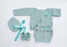 Baby Clothing Set: Cardigan Diaper Cover Bonnet by MarigurumiShop
