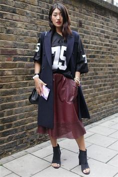 17 perfect outfit ideas to get you excited about winter dressing gallery - Vogue Australia Edgy Outfits, Outfits For Teens, Fall Outfits, Fashion Outfits, Divas, Vogue Portugal, Girl Fashion, Womens Fashion, Fashion Trends