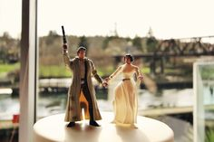 Star Wars wedding cake topper    #starwars #weddingcake // check out the rest of this amazing Seattle real wedding here : http://hannahmariephoto.com/blog/http:/hannahmariephoto.com/blog/racheal-jeffs-wedding/