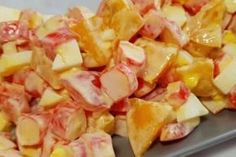 Салат за 5 минут с крабовыми палочками и помидорами