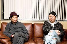 左から松田龍平、DJ SOULJAH。