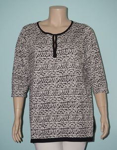 Rose & Olive 3x Black & Gray Print 3/4 Sleeve Clasp Henley Tunic Knit Top Shirt #RoseOlive #KnitTop