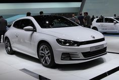 Volkswagen Scirocco R Photos and Specs. Photo: Volkswagen Scirocco R for sale and 24 perfect photos of Volkswagen Scirocco R Scirocco Volkswagen, Porsche, Audi, Classy Cars, Geneva Motor Show, Cheap Cars, Top Gear, Automotive Design, Cars And Motorcycles