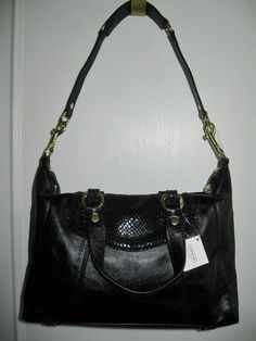 'BNWT, F19247 Coach Ashley Black Leathe/Python Satchel' is going up for auction at  5pm Sun, Aug 18 with a starting bid of $1.